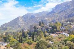 Hermosa vista de la construcción de la abadía de Bellapais en Kyrenia Girne, República de Chipre septentrional Foto de archivo libre de regalías