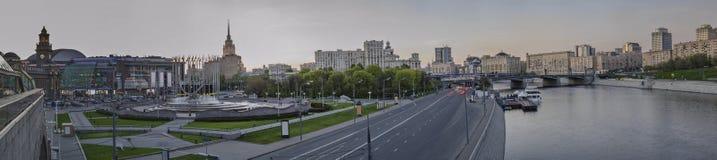 Hermosa vista de la Moscú de igualación Imagenes de archivo