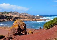 Hermosa vista de la playa de la isla de Menorca - viaje asombroso a Balearic Island en España Imagen de archivo libre de regalías
