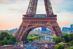 Hermosa vista de la torre Eiffel en París Imágenes de archivo libres de regalías