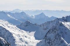 Hermosa vista de las montañas de las montañas, Austria, Stubai fotos de archivo libres de regalías