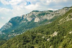 Hermosa vista de las montañas en verano, Montenegro Imagenes de archivo