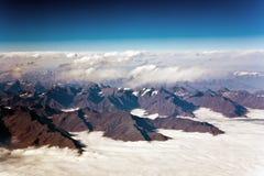 Hermosa vista de los aviones a las montañas del Himalay Fotos de archivo libres de regalías
