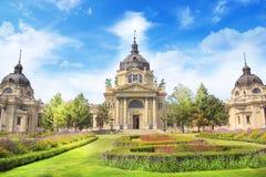 Hermosa vista de los baños de Szchenyi en Budapest, Hungría imagen de archivo libre de regalías