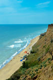Hermosa vista del mar y de la montaña Foto de archivo libre de regalías