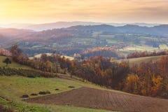 Hermosa vista del paisaje del campo en Serbia imagen de archivo libre de regalías