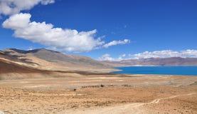 Hermosa vista del paisaje tibetano Imágenes de archivo libres de regalías