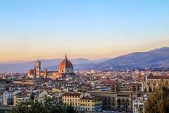 Hermosa vista del paisaje urbano a de Santa Maria del Fiore y de Florencia Imagenes de archivo