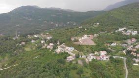 Hermosa vista del pueblo de montaña mediterráneo viejo almacen de video