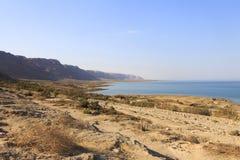 Hermosa vista en la costa de mar muerta Fotografía de archivo