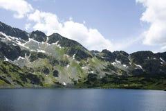 Hermosa vista en montañas Fotos de archivo