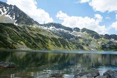 Hermosa vista en montañas Imágenes de archivo libres de regalías