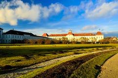 Hermosa vista magnífica romántica del palacio noble rico viejo de la mansión de la familia foto de archivo libre de regalías