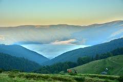 Hermosas vistas de las montañas Fotografía de archivo