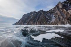Hermosas vistas del invierno del lago Baikal Imágenes de archivo libres de regalías