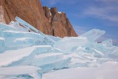 Hermosas vistas del invierno del lago Baikal Imagen de archivo libre de regalías
