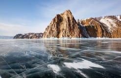 Hermosas vistas del invierno del lago Baikal Foto de archivo