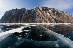 Hermosas vistas del invierno del lago Baikal Fotografía de archivo
