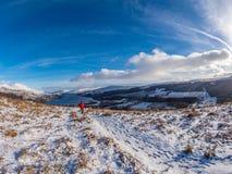 Hermosas vistas del lago Tay desde arriba de Killin Invierno, Escocia Fotografía de archivo libre de regalías