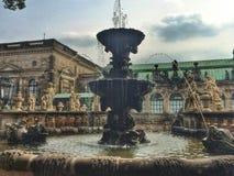 Hermoso bien en el palacio de Zwinger Fotos de archivo libres de regalías