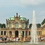 Hermoso bien en el palacio de Zwinger en Dresden Imágenes de archivo libres de regalías