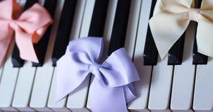 hermoso lindo de la primavera de la cinta del teclado de piano Imagen de archivo