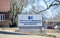 Hernando Baptist Church Sign, Hernando, MS. Welcome to Hernando Baptist Church. A people called to serve Christ, our Family, and our Community Stock Image