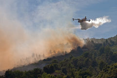 The heros arrive. Canadair fire fighting airplane arrive to bush fire in France Stock Photos
