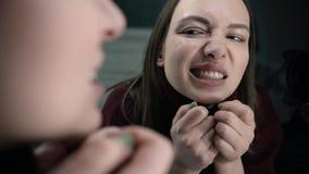 Herpes na dziewczyn wargach zdjęcie wideo