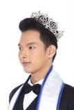 Herr Pageant Contest in der Abend-Ballklage mit Diamond Crown, Stockfotografie