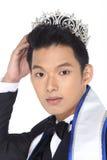 Herr Pageant Contest in der Abend-Ballklage mit Diamond Crown, Lizenzfreie Stockbilder
