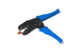 Herramienta de los alicates del arrugador del cable con la almendra fotografía de archivo