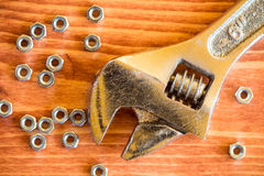 Herramienta y nueces de la llave Imagen de archivo libre de regalías