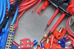 Herramientas, componente y cables eléctricos Imágenes de archivo libres de regalías