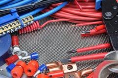 Herramientas, componente y cables eléctricos Fotografía de archivo