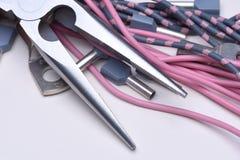 Herramientas, componente y cables eléctricos Foto de archivo libre de regalías