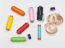Herramientas de costura coloridas Foto de archivo libre de regalías