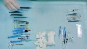 Herramientas de la cirugía de la oftalmología dentro de la intervención metrajes