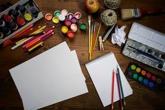 Herramientas de la pintura fotos de archivo