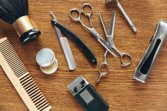 Herramientas de la preparación del ` s de los hombres Barber Shop Equipment And Supplies Fotografía de archivo libre de regalías