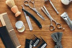 Herramientas de la preparación del ` s de los hombres Barber Shop Equipment And Supplies Imagen de archivo libre de regalías
