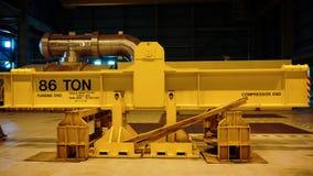 Herramientas del amarillo de una central eléctrica imagen de archivo
