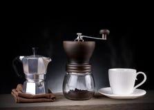 Herramientas del café, tiro del estudio Imagen de archivo
