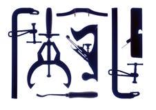 Herramientas del carpintero en el fondo blanco fotografía de archivo