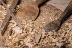 Herramientas del carpintero en el vector de madera Fotos de archivo libres de regalías