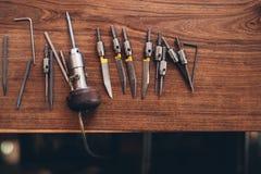 Herramientas del grabado para la fabricación de la joyería imagen de archivo