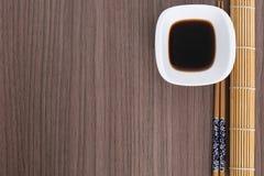 Herramientas del sushi en la madera Fotografía de archivo