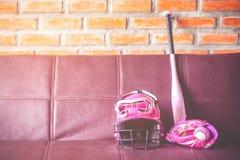 Herramientas del tiempo y del béisbol del deporte Foto de archivo libre de regalías
