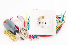 Herramientas eléctricas en el fondo blanco Imágenes de archivo libres de regalías