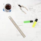 Herramientas esenciales de la ingeniería Foto de archivo